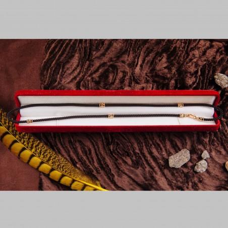 Шнурок шелк с золотыми вставками с символикой