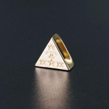 Треугольник золото